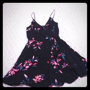 Express Dresses - Women's floral dress
